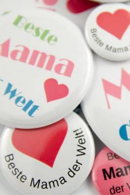 Buttons und Magnete zum Muttertag bestellen
